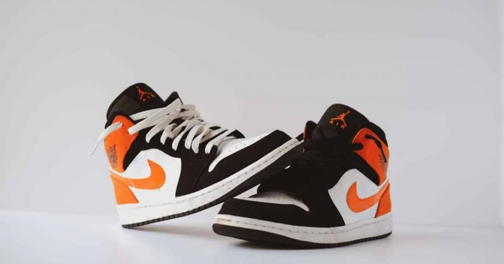 make basketball shoes grippy